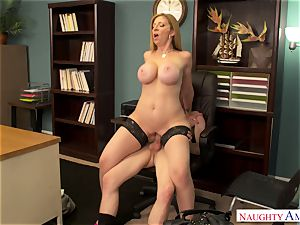 Cоugаr works her twat in the office in the work-off day