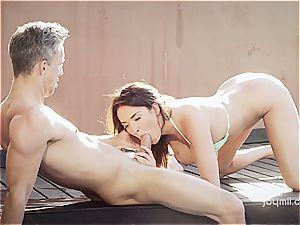 huge-boobed wonder honey Anissa rails a stiffy by the pool