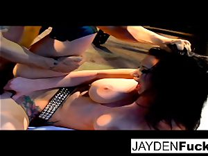 Jayden gets busy on a fortunate solo fuckpole