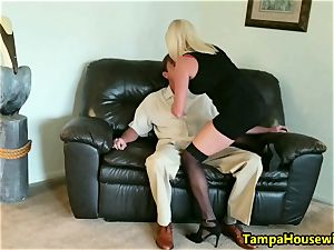The Incall practice with a pro escort