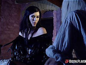 Danny D fools around as Geralt and ravages black-haired babe