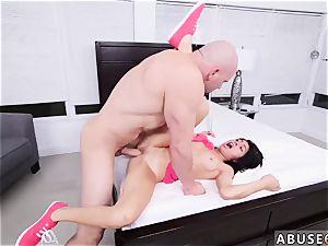 insatiable america hardcore Kira Adams gets a big facial cumshot after raunchy fuck-a-thon