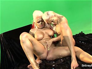 Gold painted girl-on-girl sweeties get it on