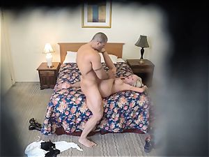 crazy Nina Elle penetrates her man at the hotel