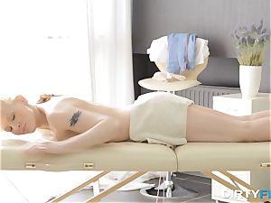 sloppy Flix - fuckfest on a folding massage table