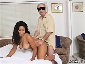 Czech homemade fledgling ass-fuck Glenn ends the job!