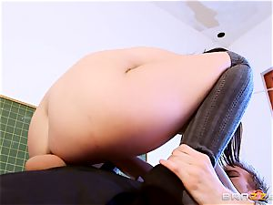 student Dolly Diore drilling her hefty dicked lecturer