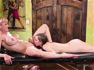 Jill Kassidy makes her sizzling milf customer Brandi enjoy ejaculation