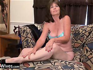USAWiveS Mature Jade rectal fucktoy masturbation
