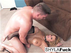 Shyla's hard anal pummel and a facial cumshot