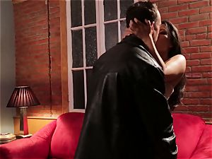 Asa Akira gets a super-steamy as hell revenge poke