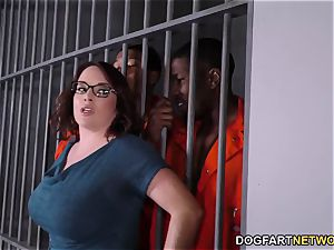 buxom Maggie Green Has interracial 3 way In prison