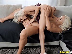 blondie cunt joy with Elsa Jean and Nicolette Shea