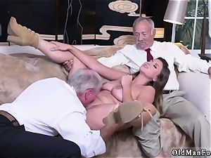 parent friend s associate amateur xxx Ivy impresses with her hefty tits and donk