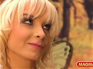 MIA MAGMA Mia Magma is your dream fairy queen