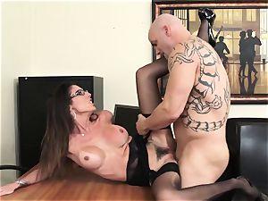 Office beauty Dava Foxx Blows Her boss to Keep Her Job