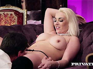 Private.com - buxom Victoria Summers bj's and nails