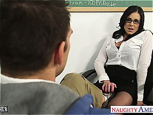 brunette tutor Kendra fervor gets facialized