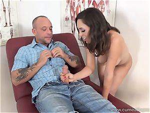 Jade Nile Has Her hubby suck prick and see Her