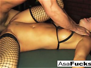Ring-light anal invasion with Toni Ribas