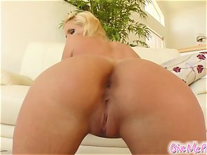 Phoenix's fuckbox gets tastey from her monster faux-cock