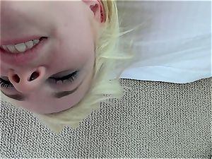 Catie Parker tongue penetrates Mia Malkova's hot cootchie